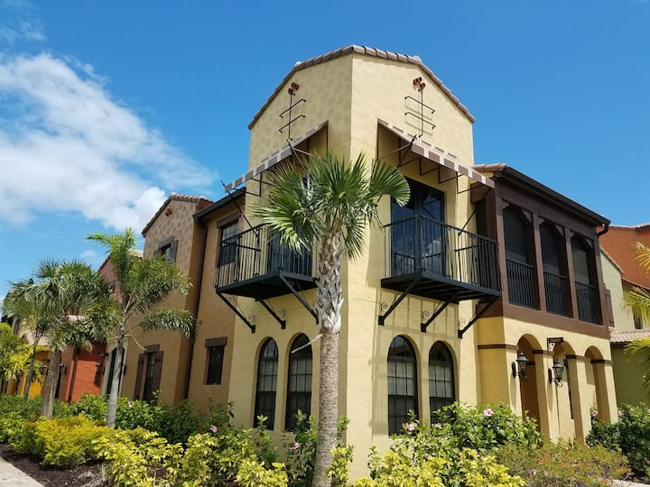 Paseo condo with great amenities