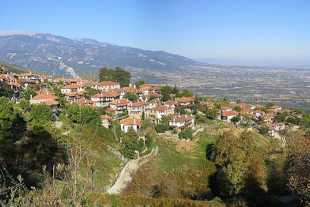 Traditional Village of Paleos Panteleimonas