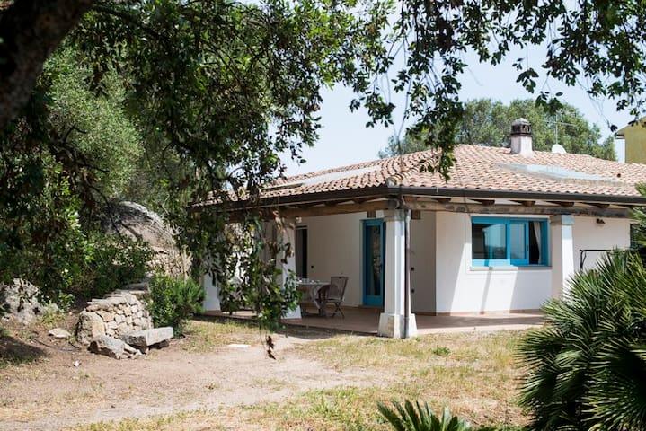 Casa spaziosa con ampio giardino - Santa Teresa di Gallura - Villa