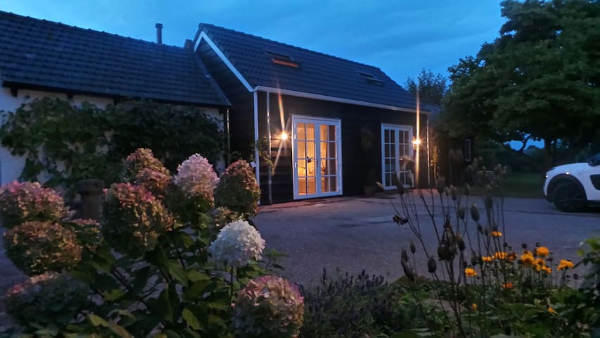 Cozy B & B includes its own kitchen and bathroom - Wolphaartsdijk