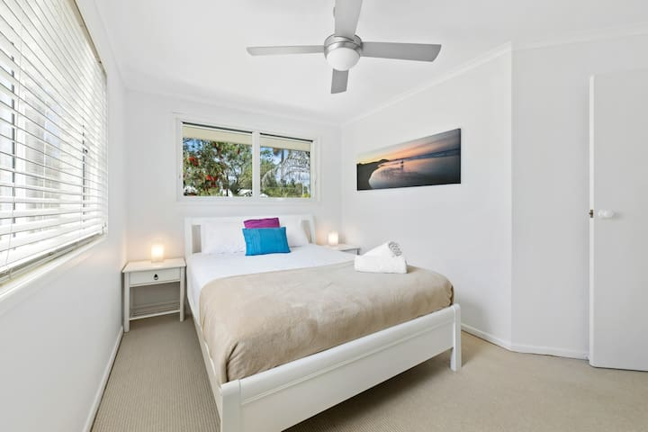 Queen room with aircon