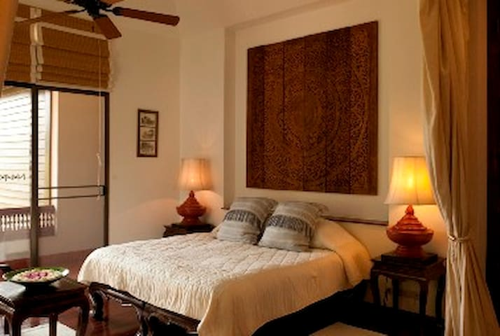 Balinese Suite at Lana Thai Villa - Chiang Mai - Bed & Breakfast