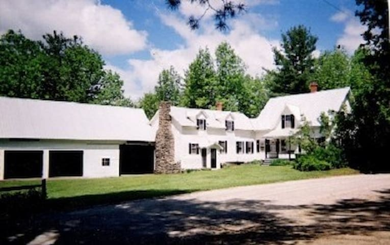 OKEMO KILLINGTON RESTORD FARM HOUSE - Plymouth - Casa
