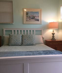 Cosy Clearwater Beach Studio Apt!