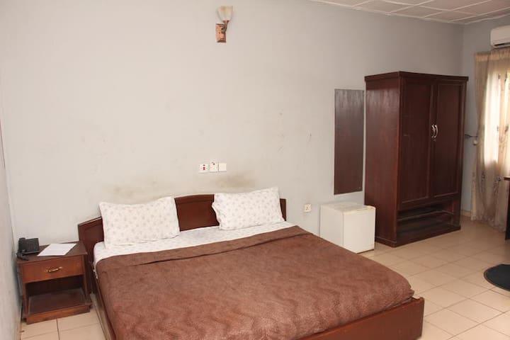 Gayyata Hotel-Standard Room