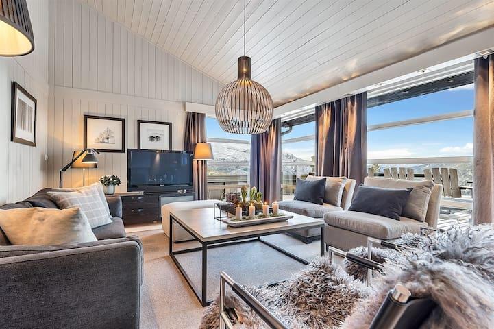 Solrikt og flott beliggende hytte ved Gaustablikk - Rjukan - Casa de campo