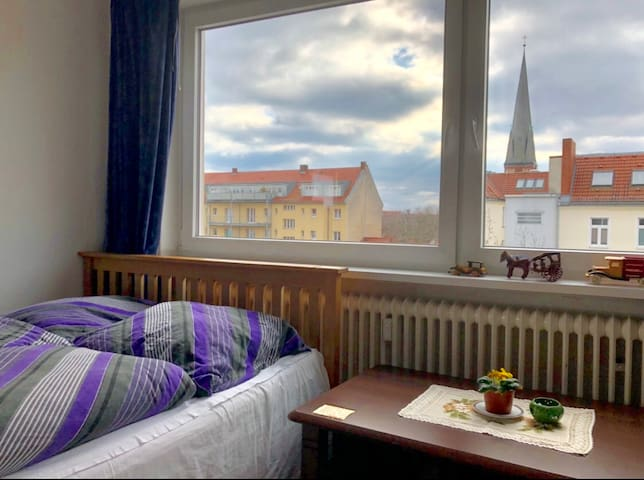 Cozy, Central One Room Apartment in Wilmersdorf