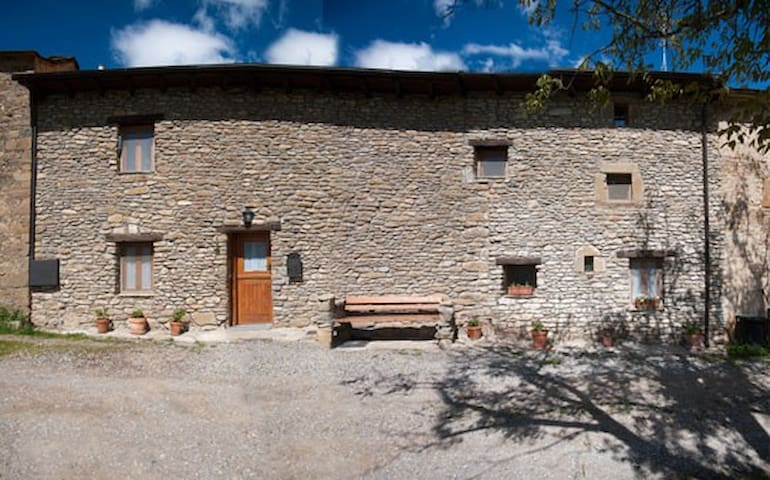 CASA CHALET EN EL PIRINEO ARAGONES - Allué - Casa