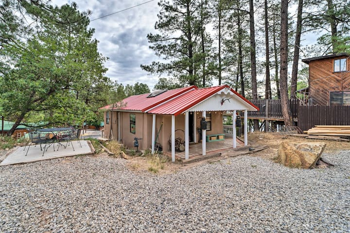 NEW! Historical Ruidoso 'MidTown Retreat' by Shops