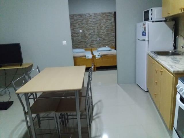 Apartamento T1 com 2 camas + 1 cama desdobravel
