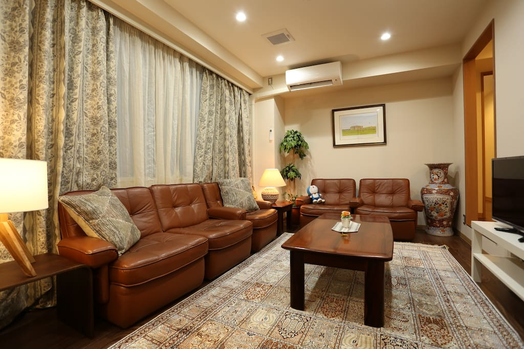 Please make a relax time yourself at Lounge 3 at 3rd Fl.
