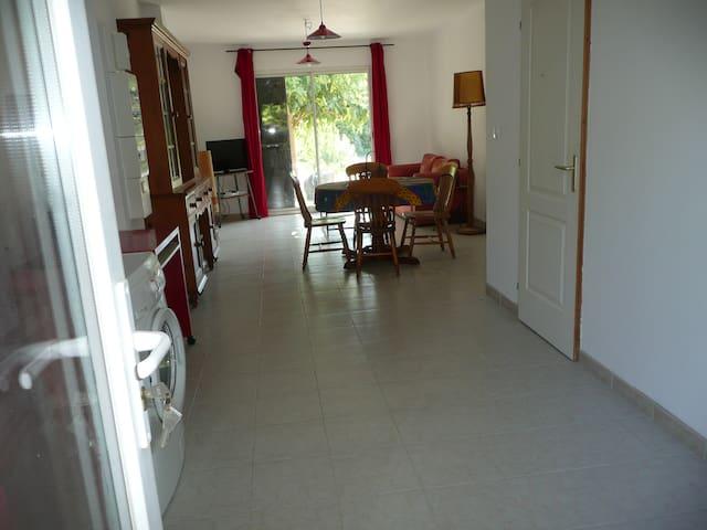Camellia duplex en campagne - Auriol - Appartement