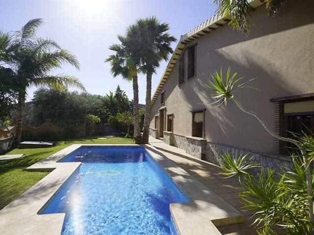 Villa Al-Querya: the dreamed holidays