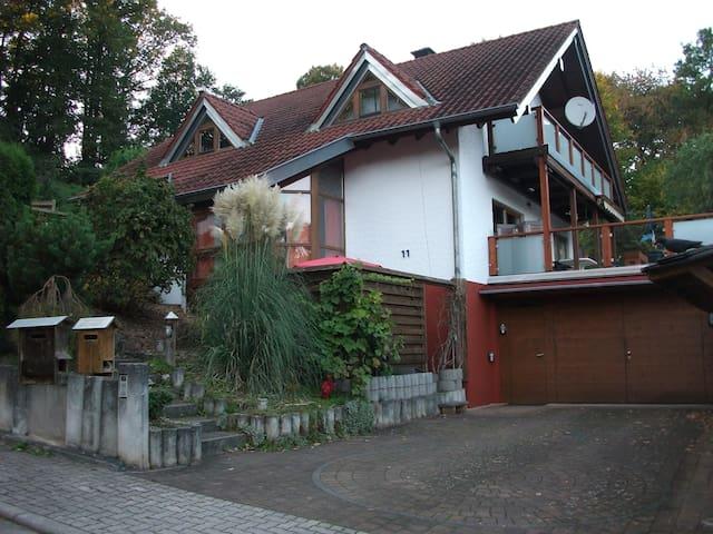 85qm   Gemütliche ruhige Wohnung - Fischbach - Apartment