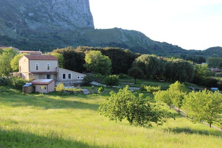 Locanda San Fantino Bed & Breakfast - San Giovanni A Piro