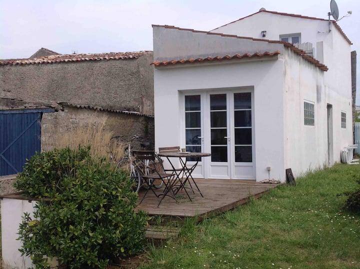 petite maison de village + vélos 2
