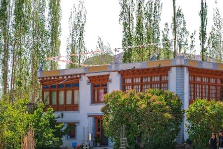 Nyanjan-1 (Private Room - Himalayan Farmstays)