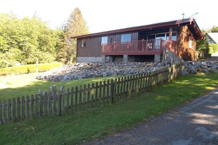 Secret Trails Holiday Lodge, Kippford, Sleeps 5