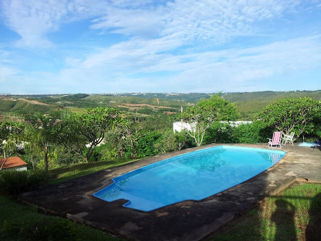 Casa em condomínio com bela vista   - Brasilia - Rumah
