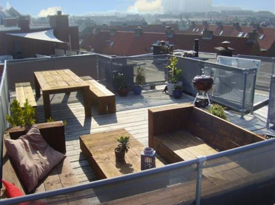 The rooftop, sunny all day long!