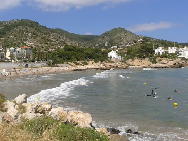 BEACH APARTMENT IN SITGES-VELA