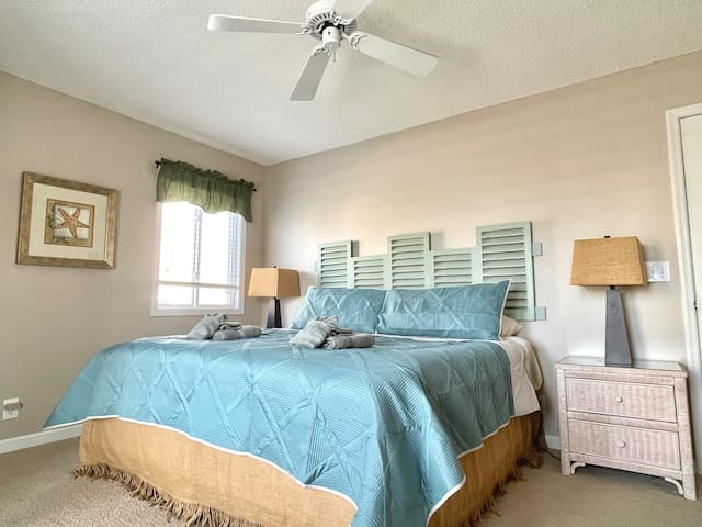 Your main level King bedroom is accessible through the living area and has its own private balcony and Jack and Jill bathroom.