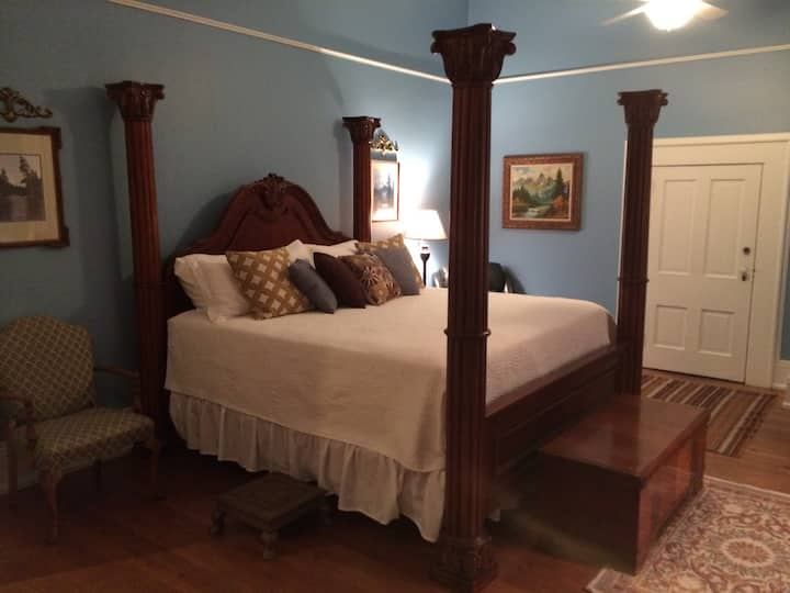 The Purviance House B & B -- Gernand Suite