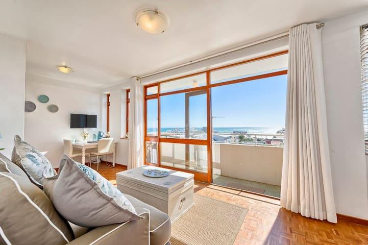Atlantic Seaview - Studio with gorgeous sea views - Cape Town - Flat