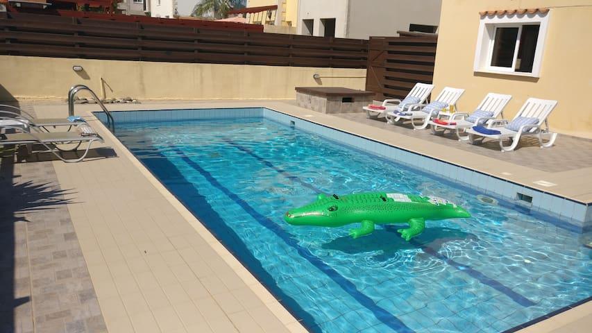 Villa Nissi *Family Villa Discount after enquiry*