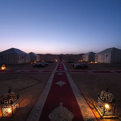 Sirocco luxury camp in Merzouga. tents for rente