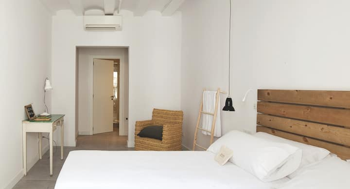 Eco Boutique Hostal Grau, Estudio