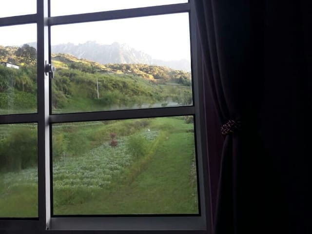 Brand new home near to attractions! Mountain view - Kundasang - House