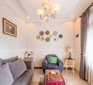 Comfy House Near Train Station, Daily/Monthly Stay