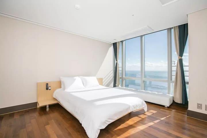 real ocean view terrace penthouse - Haeundae-gu - Apartment