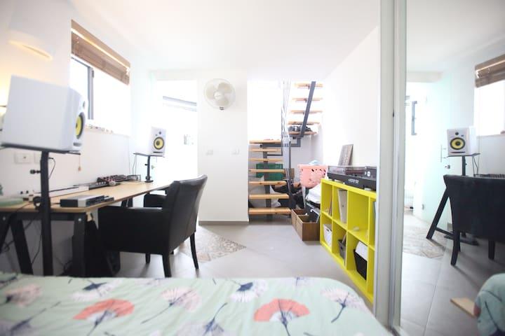 Private room in a beautiful duplex