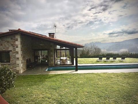 Bonita casa de campo con preciosas vistas al valle