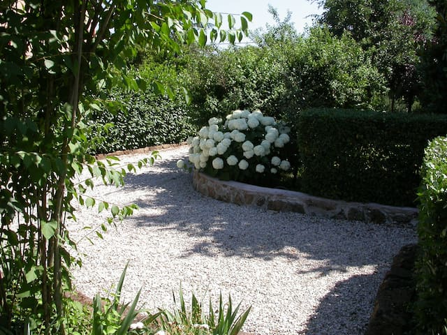 villa  a soli 25 minuti da roma - San Cesareo - Villa