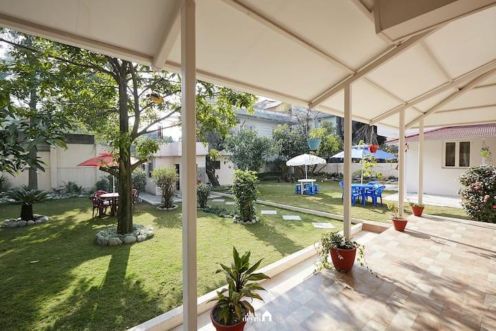 Luxurious 1BR w/ huge garden – escape & relax