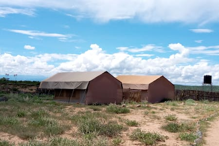 NASHIPA ECO CAMP,Ooperated by Samburu tribe(happy)