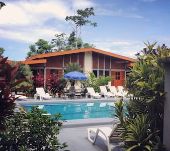 House with Garden and pool view - Puerto Viejo de Talamanca - House