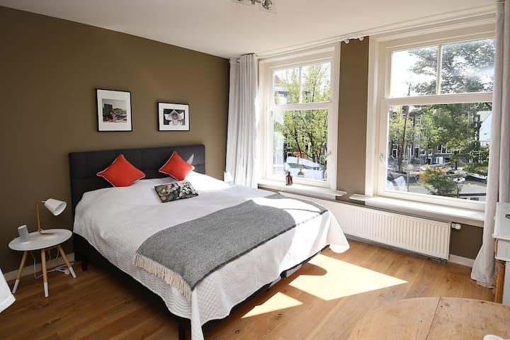Amazing location on Noordermarkt/Prinsengracht