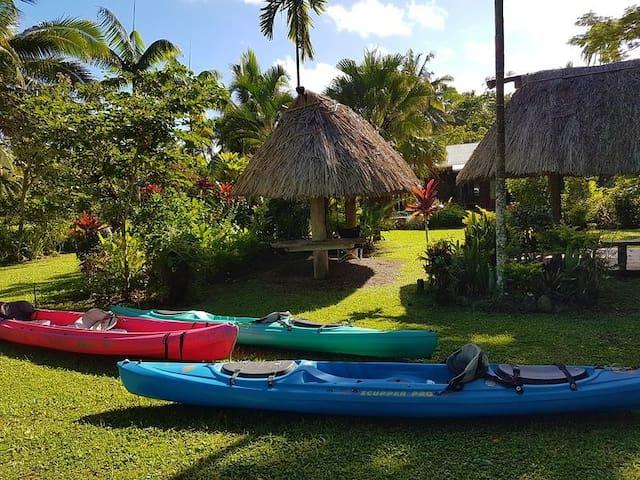 Tropical Splendor, Beach Front, Savusavu, Fiji