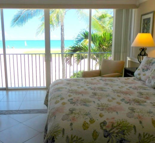 STUNNING OCEANFRONT 5/4 FOR 16 POOL - Pompano Beach - Villa