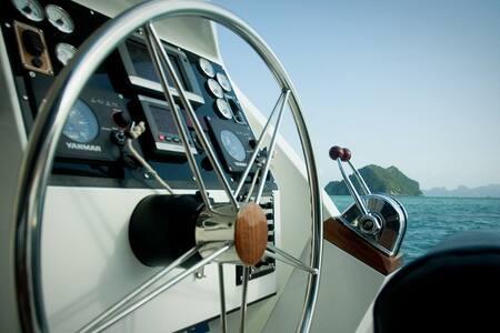 Entire Yacht Private Skipper & Crew - Ko Samui