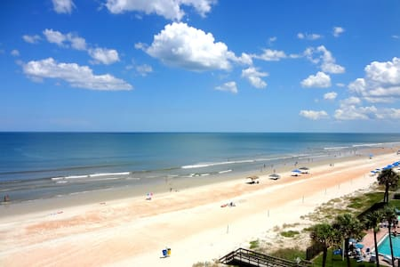Oceanfront Paradise 3 Bedroom 3 Bath Just Perfect.