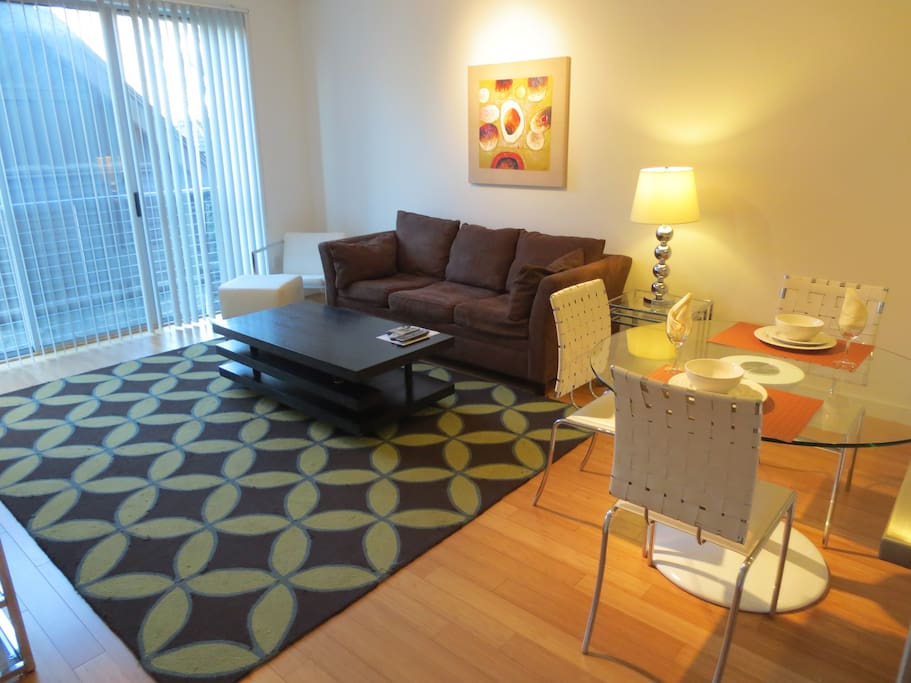 Lux 2 Bedroom Apt Near University W Wifi Apartments For Rent In Stamford Connecticut United