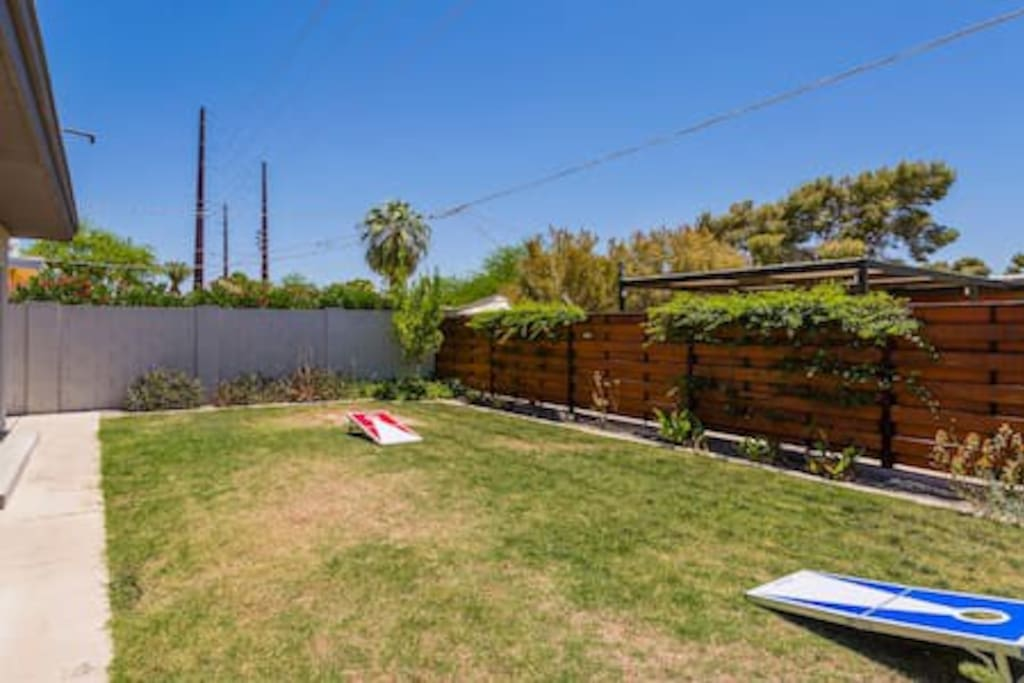 Home 1: Large private outdoor space with yard games