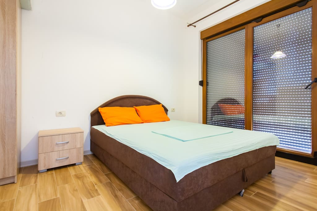 Спальня с французской кроватью