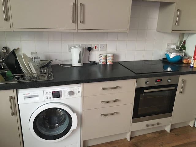 Double room ideal location - Londyn - Dom