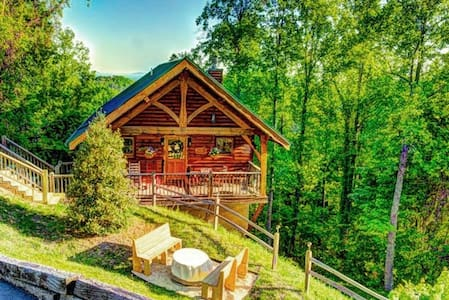Feb SPEC,$95/nt! Dream Cabin for 2! Romantic, Vws! - Севирвилль